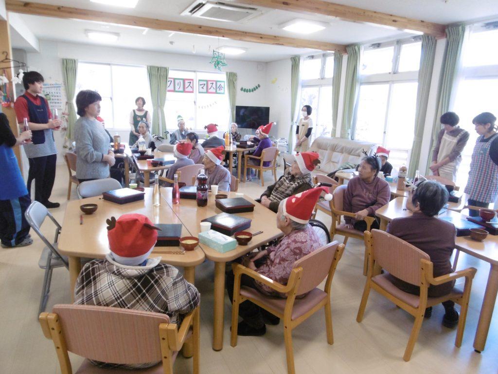 12月はクリスマス会を行いました。